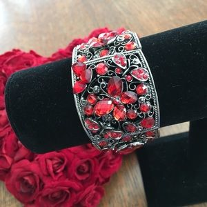 🆕 Red Double Hinged Bracelet